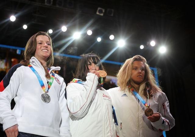 Jeux Olympiques de la Jeunesse d'hiver - Innsbruck 2012 - Une deuxième journée pleine de médailles... mais sans or ! Lucile10