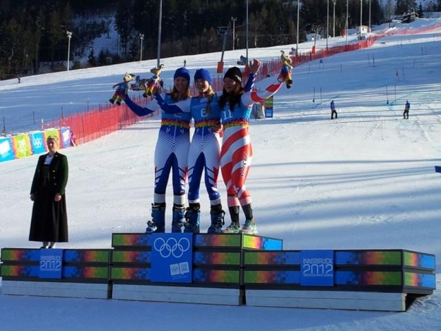 5eme Journée - Ski Alpin, Slalom Géant Féminin - OR & ARGENT au rendez-vous !!! Podium11