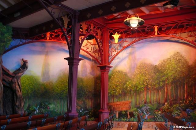MEET MICKEY MOUSE - Fantasyland Fantas12