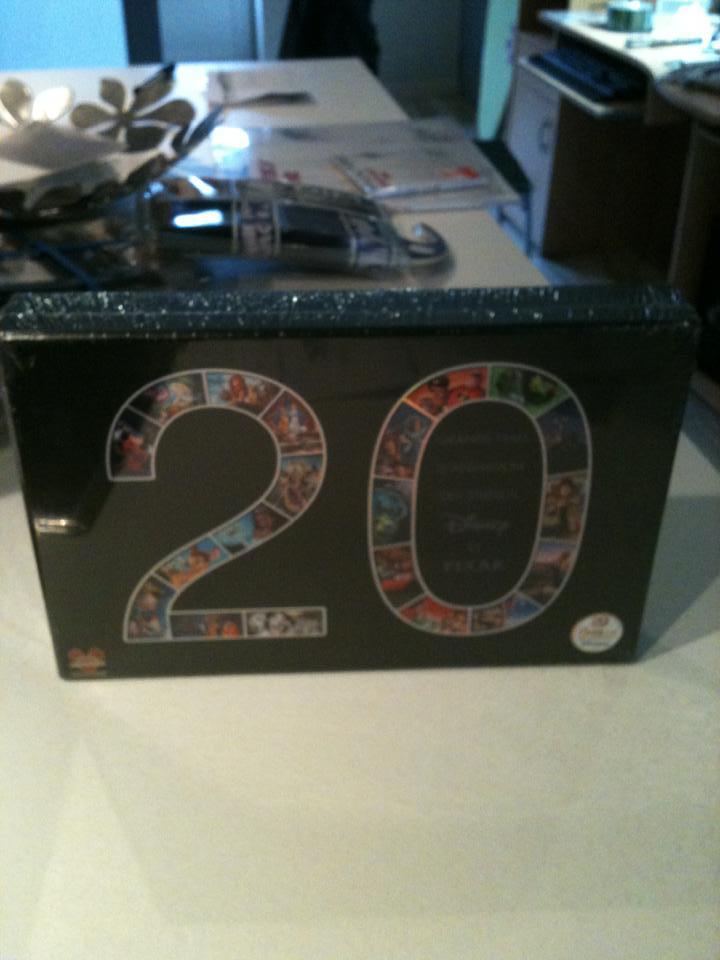 [BD + DVD] 20 ans de Disneylanbd Paris : le coffret Disney-Pixar (20 films + DVD bonus) 31583810