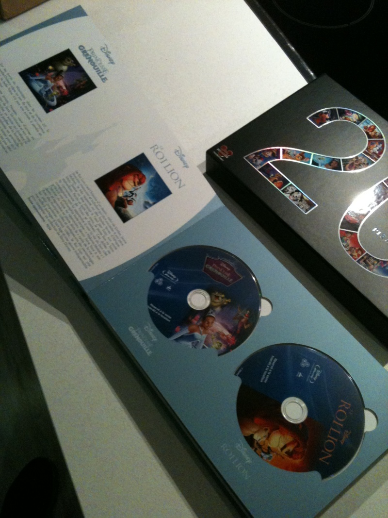 [BD + DVD] 20 ans de Disneylanbd Paris : le coffret Disney-Pixar (20 films + DVD bonus) Img_0514