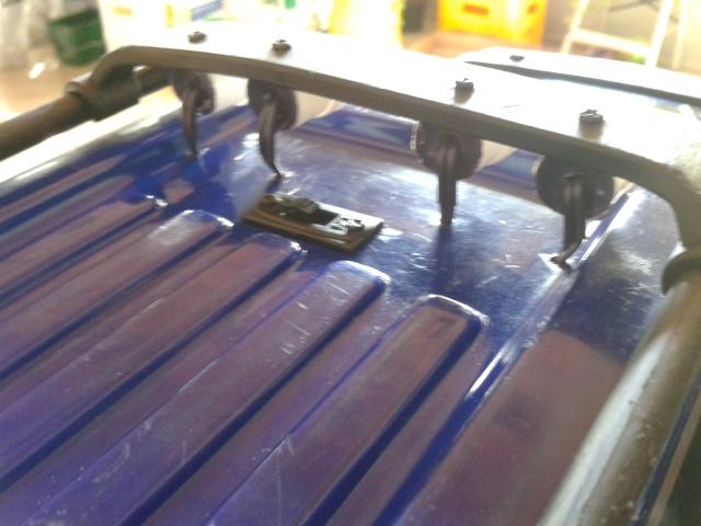 Faros reciclados... más facil imposible 2012-017