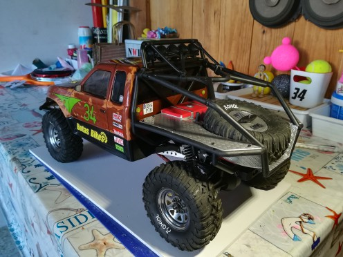 Axial scx10 Jeep Wrangler Unlimited Rubicon KIT - Página 6 Honcho11