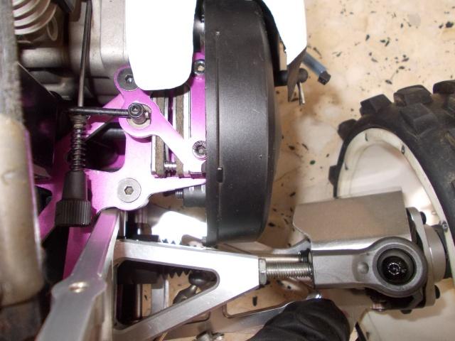 Protectores de palieres, capuchones y rodamientos traseros en aluminio Muelle10