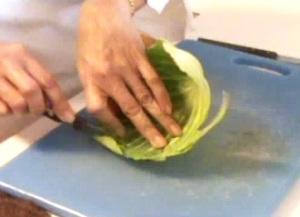 Cách tỉa lá bắp cải đẹp mà không khó 12031513