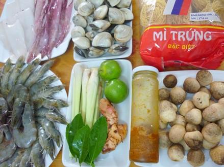 Lẩu Thái chua cay 124
