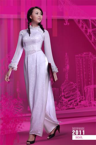 Áo dài trắng nữ sinh 13076010