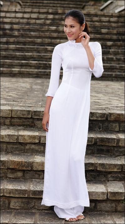 Áo dài trắng nữ sinh Aodai210