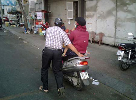 Đàn ông Việt ! Ba065510