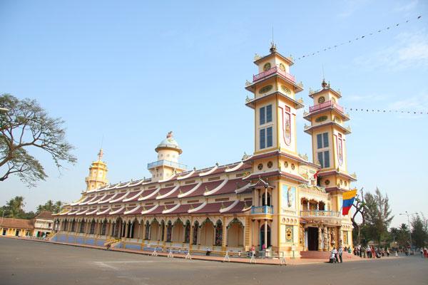 Về Tây Ninh thăm núi Bà Đen Hoabtt44