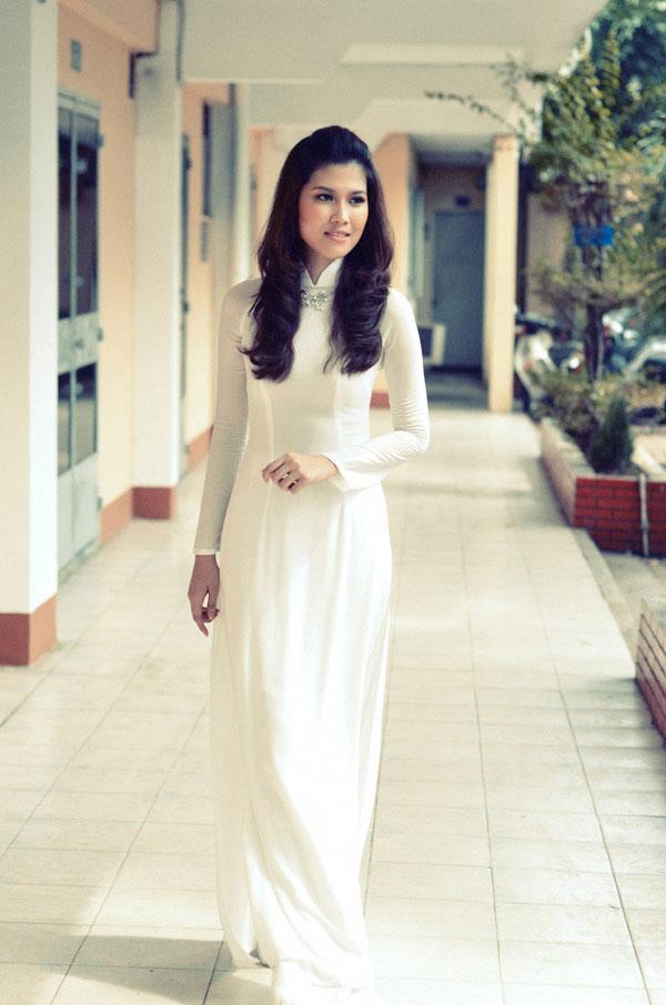 Áo dài trắng nữ sinh Images39