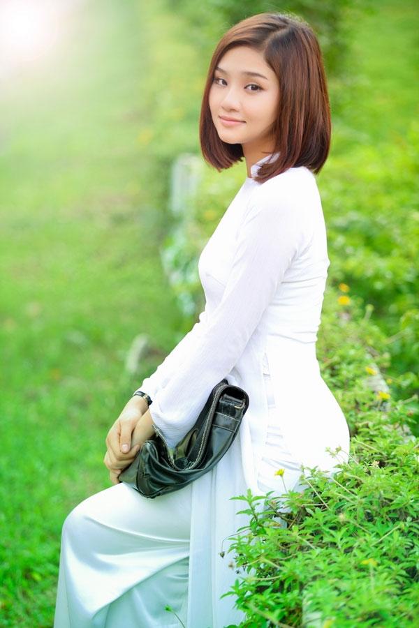 Áo dài trắng nữ sinh Images45