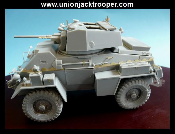 peinture - [Unionjacktrooper] HUMBER ARMOURED CAR Mk.IV BRONCO-peinture en cours'13/06) P1030410