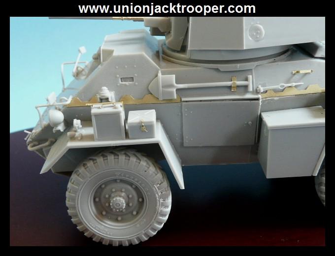 peinture - [Unionjacktrooper] HUMBER ARMOURED CAR Mk.IV BRONCO-peinture en cours'13/06) P1030412