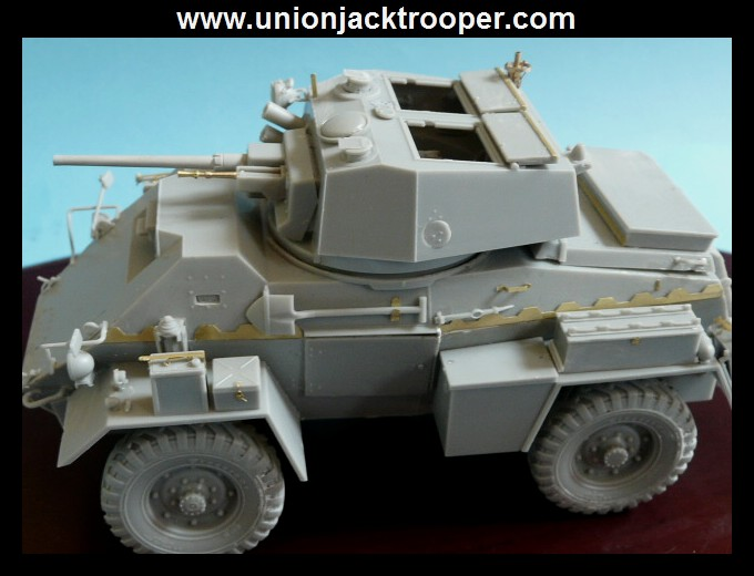 peinture - [Unionjacktrooper] HUMBER ARMOURED CAR Mk.IV BRONCO-peinture en cours'13/06) P1030413
