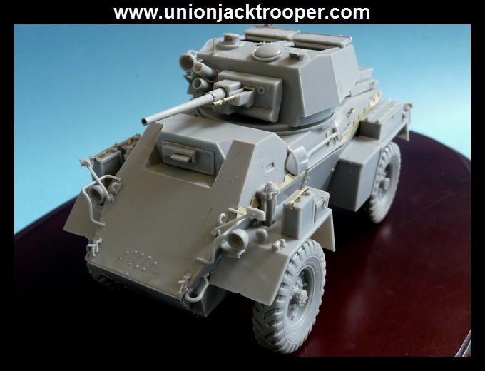 peinture - [Unionjacktrooper] HUMBER ARMOURED CAR Mk.IV BRONCO-peinture en cours'13/06) P1030415