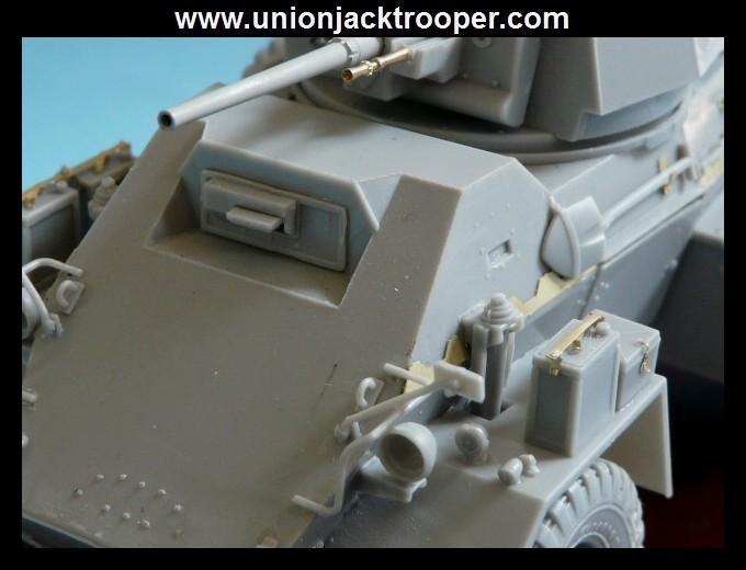 peinture - [Unionjacktrooper] HUMBER ARMOURED CAR Mk.IV BRONCO-peinture en cours'13/06) P1030416