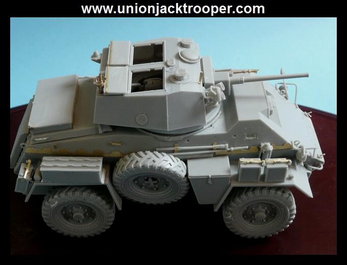 peinture - [Unionjacktrooper] HUMBER ARMOURED CAR Mk.IV BRONCO-peinture en cours'13/06) P1030422