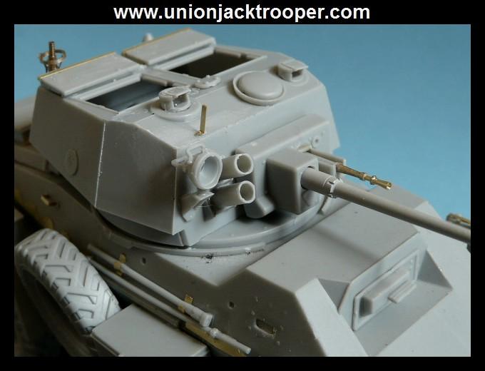 peinture - [Unionjacktrooper] HUMBER ARMOURED CAR Mk.IV BRONCO-peinture en cours'13/06) P1030427