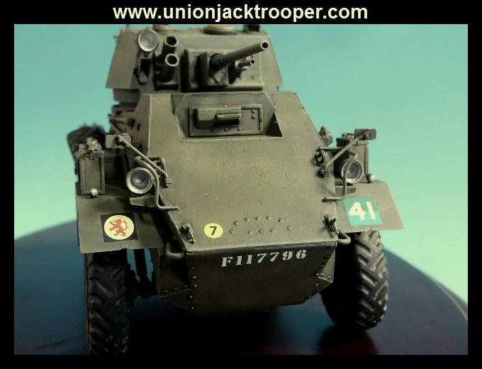 peinture - [Unionjacktrooper] HUMBER ARMOURED CAR Mk.IV BRONCO-peinture en cours'13/06) P1030434