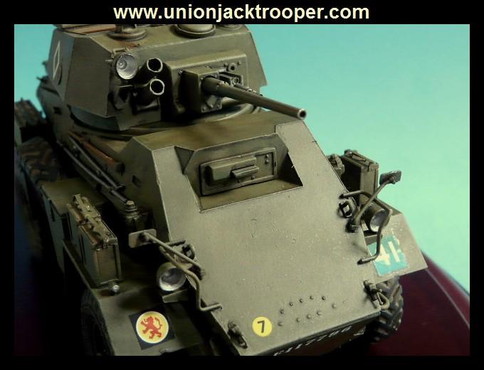 peinture - [Unionjacktrooper] HUMBER ARMOURED CAR Mk.IV BRONCO-peinture en cours'13/06) P1030435