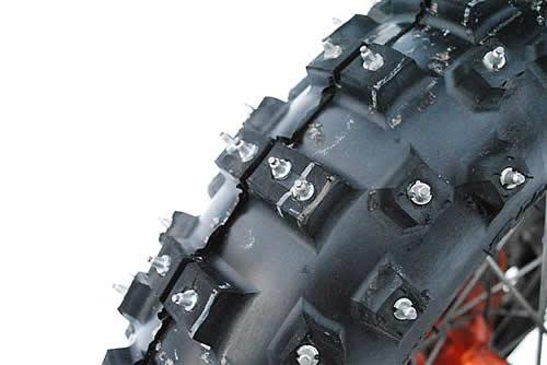 Quel pneu maxxis pour l hiver . Pneu_c10