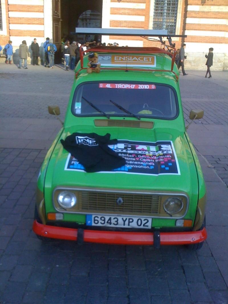 Pour les amoureux et nostalgiques de la Renault 4 00310