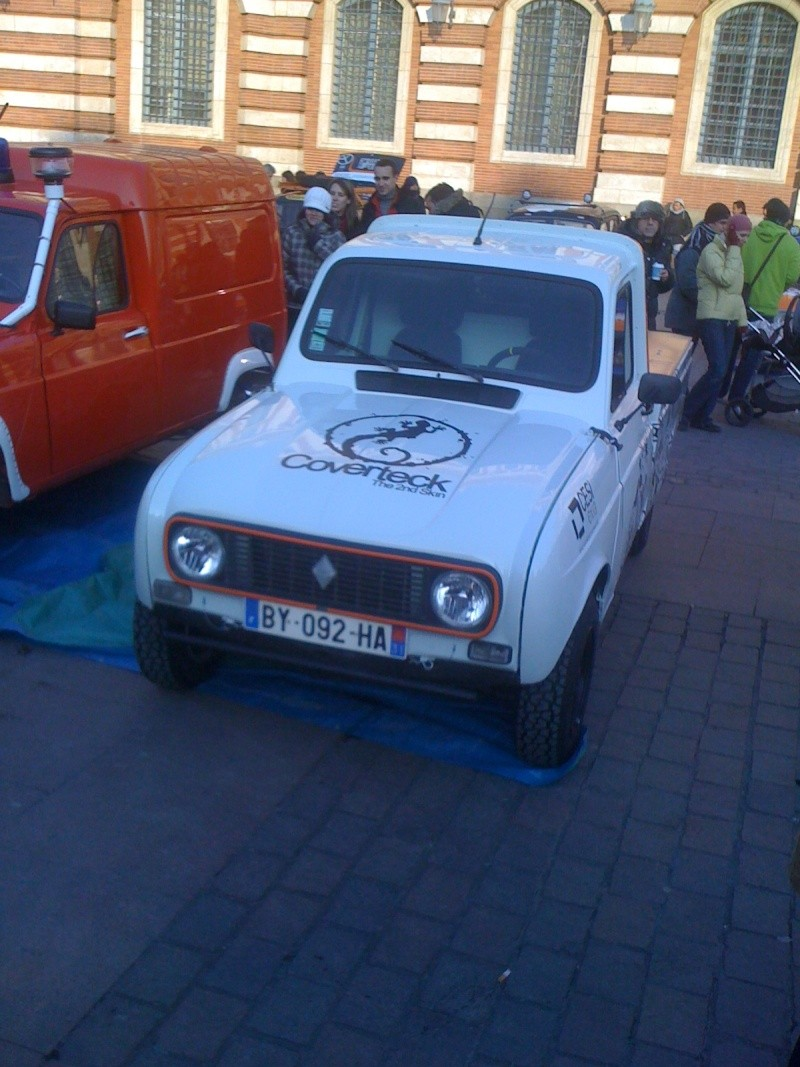 Pour les amoureux et nostalgiques de la Renault 4 01810