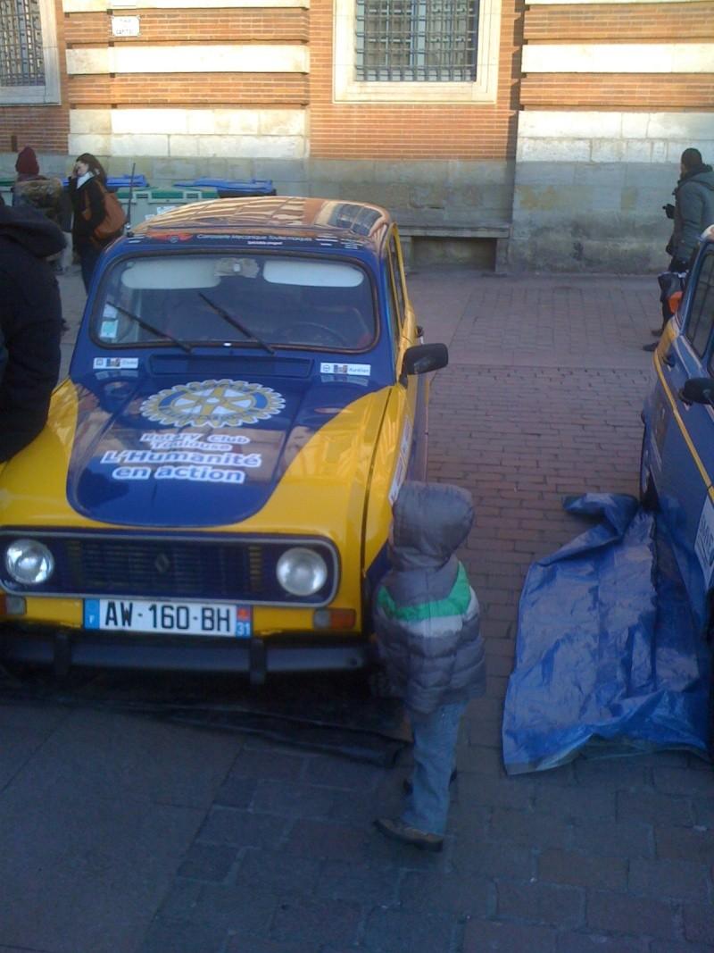 Pour les amoureux et nostalgiques de la Renault 4 02610
