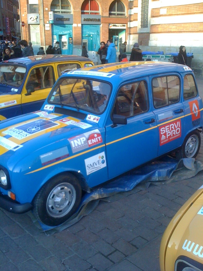 Pour les amoureux et nostalgiques de la Renault 4 02710