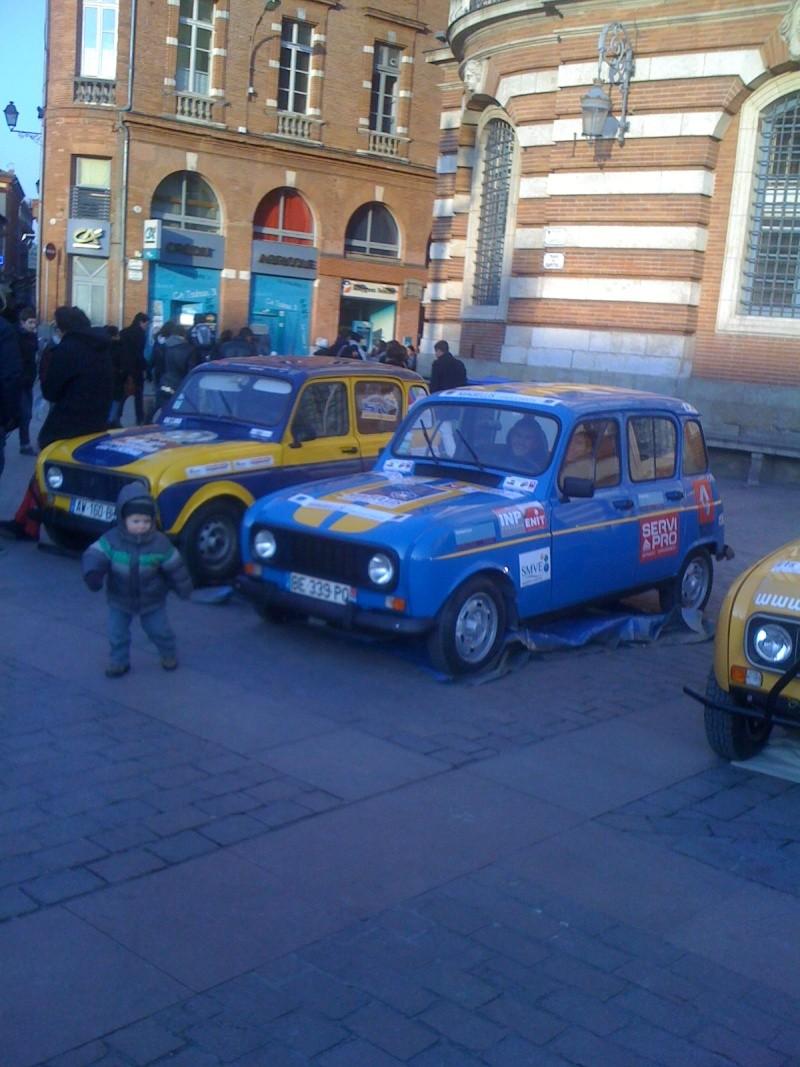 Pour les amoureux et nostalgiques de la Renault 4 03110