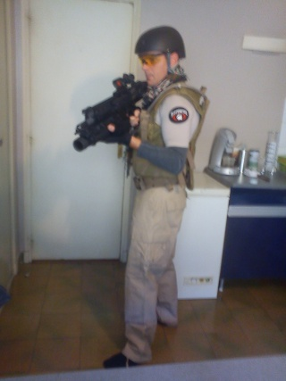 groupe des mercenaires Dsc00114