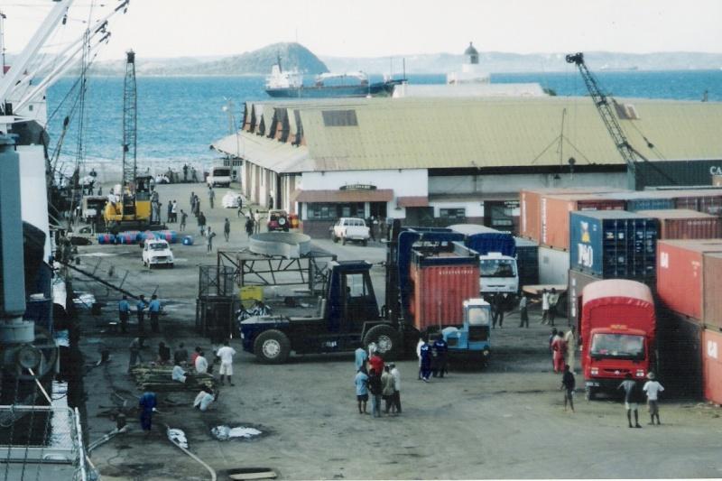 [ARCHIVÉ] DIÉGO SUAREZ - TOME 012 - Page 37 Cargo10