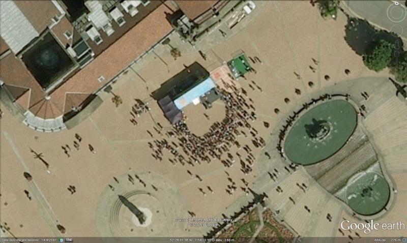 Fêtes, concerts et autres attroupements sur Google Earth  Conser10