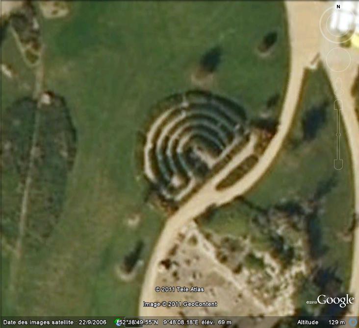 Les labyrinthes découverts dans Google Earth - Page 21 Labyri13