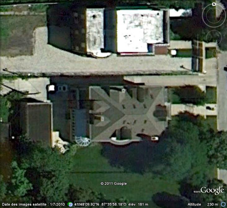 """Maisons natales des """"grandes figures"""" repérées dans Google Earth - Page 5 Maison10"""