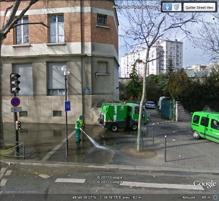 STREET VIEW : les gens nettoient  Nettoy10