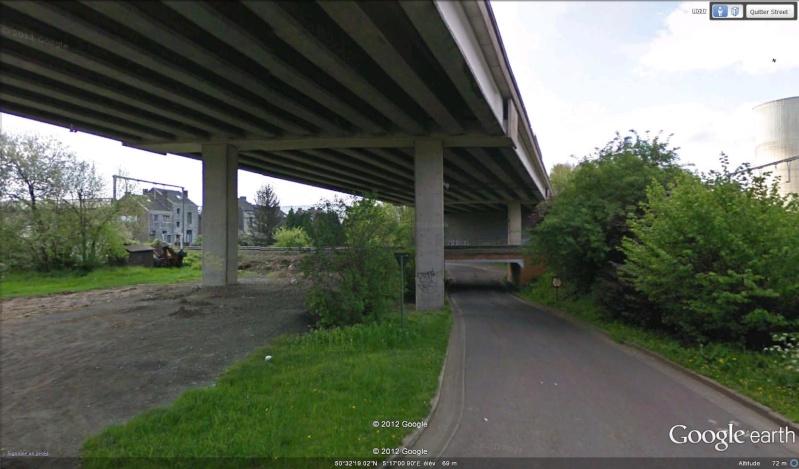Street View : Un pont , au dessus d'un pont , au dessus d'une rivière  Route_10