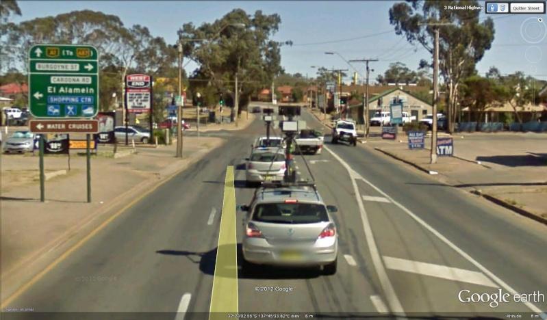 STREET VIEW : la Google car dans tous ses états ! - Page 6 Street10