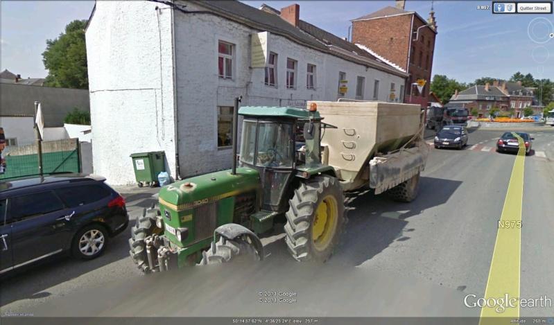 STREET VIEW : les tracteurs en ville ! Tracte12
