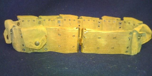 Storage box of WW1 gear. Pict0081