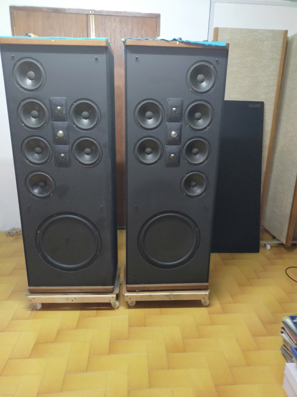 Polk Audio Sda SRS 2.3Tl speakers for swap for planer Img20139