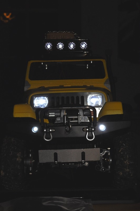 [TAMIYA CC01] Restauration d'une Jeep Wrangler YJ + Modifs châssis  - Page 2 Avant_13