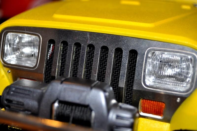 [TAMIYA CC01] Restauration d'une Jeep Wrangler YJ + Modifs châssis  - Page 2 Caland10