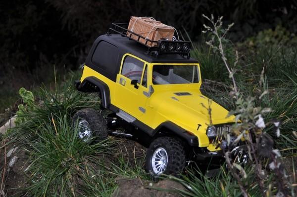 [TAMIYA CC01] Restauration d'une Jeep Wrangler YJ + Modifs châssis  - Page 2 Dsc_1021
