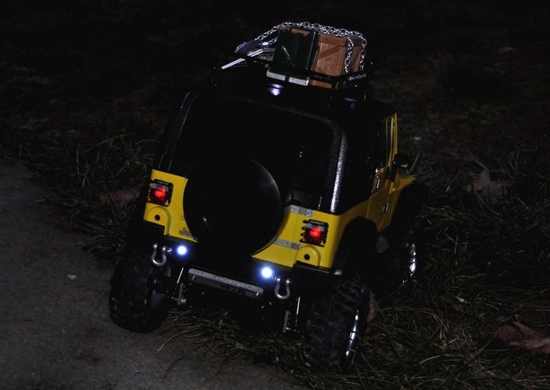 [TAMIYA CC01] Restauration d'une Jeep Wrangler YJ + Modifs châssis  - Page 2 Feux_r11