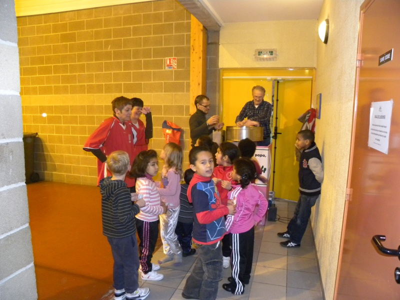 ARBRE DE NOEL DU CLUB !! Dscn8913