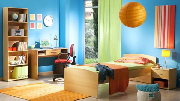 Maison en rénovation : chambre de petit garçon à peindre - avant ...