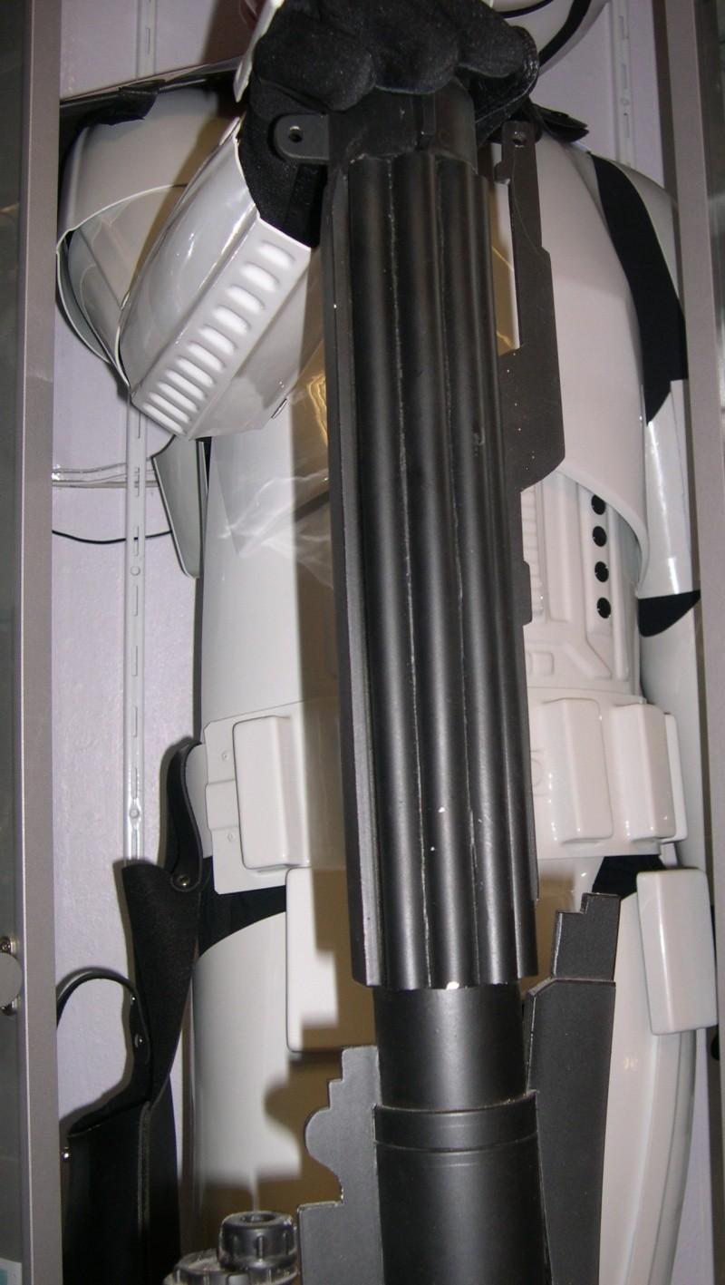 COSTUME PREDATOR GOLDO38 &  SCAR et objets echelle 1 Dscn2752