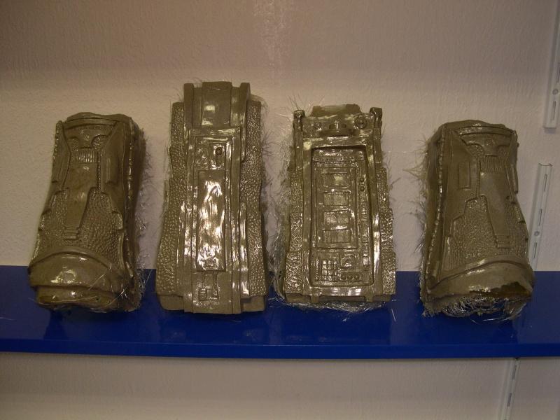 COSTUME PREDATOR GOLDO38 &  SCAR et objets echelle 1 Dscn2811